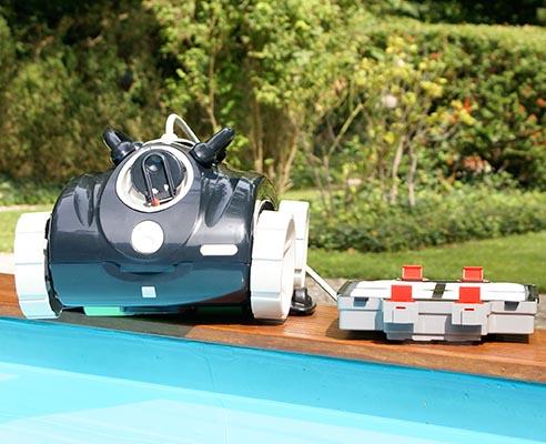 Robot 5220-LUNA 10 piscine 8streme choix pour l'entretien de sa zone de nage